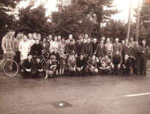 History of Somerset Road Club - a photo of members taken in 1946